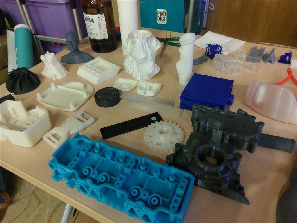 3DMART 3D列印介紹 3D列印師資培訓計畫 3D模型展示