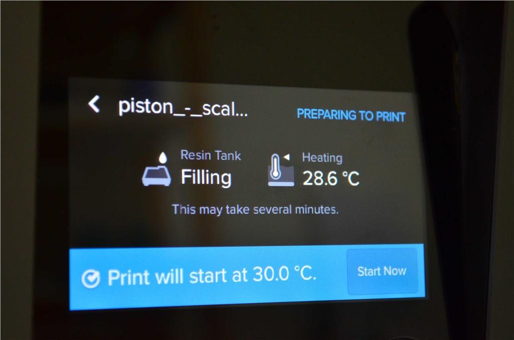 Formlabs SLA 3D列印機 Form 2 台灣 開箱文章 填充並加熱樹脂槽 3DMART